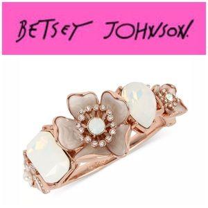 Betsey Johnson RGTFlutterbye Hinge Bangle Bracelet